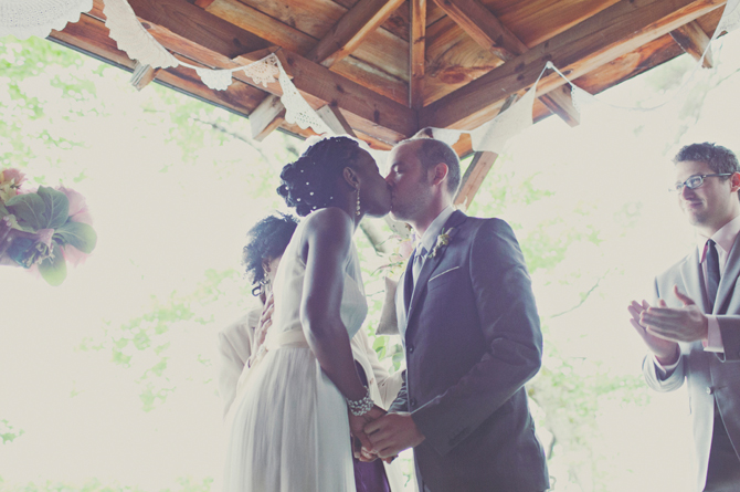 Monique & Josh: Colorful Rustic Wedding