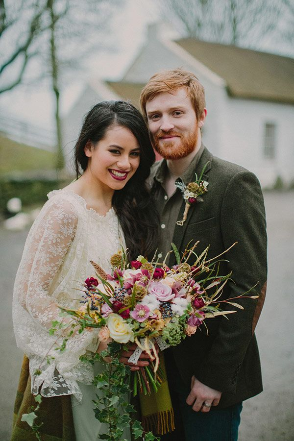 How to plan a folk style wedding