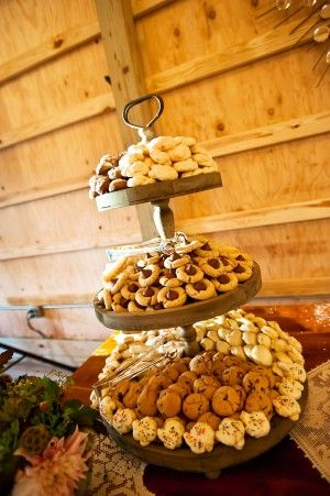 rustic wedding cookie display