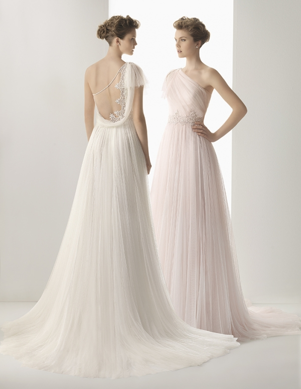 Gorgeous lace wedding dresses by rosa clara for Rosa clara wedding dresses 2014