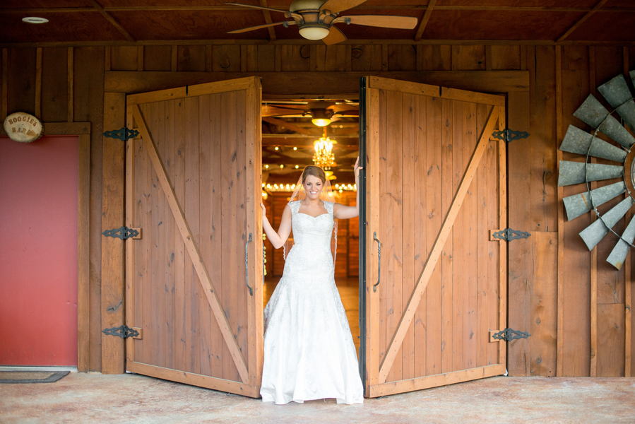 Ficken_Brown_Giddy__Gold_2014KatieBridals25_low