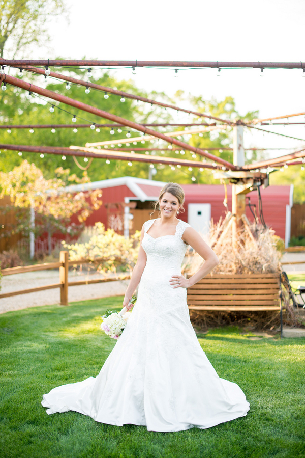 Ficken_Brown_Giddy__Gold_2014KatieBridals6_low