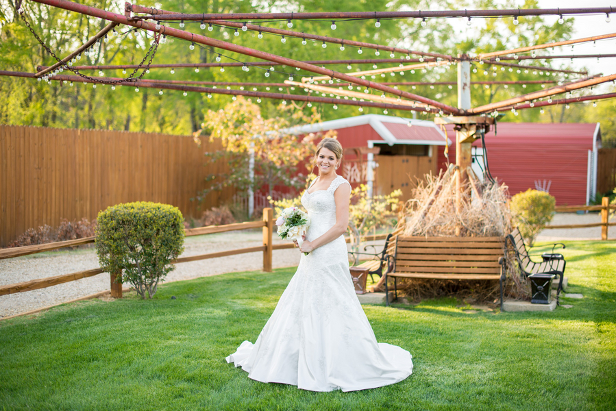 Ficken_Brown_Giddy__Gold_2014KatieBridals8_low