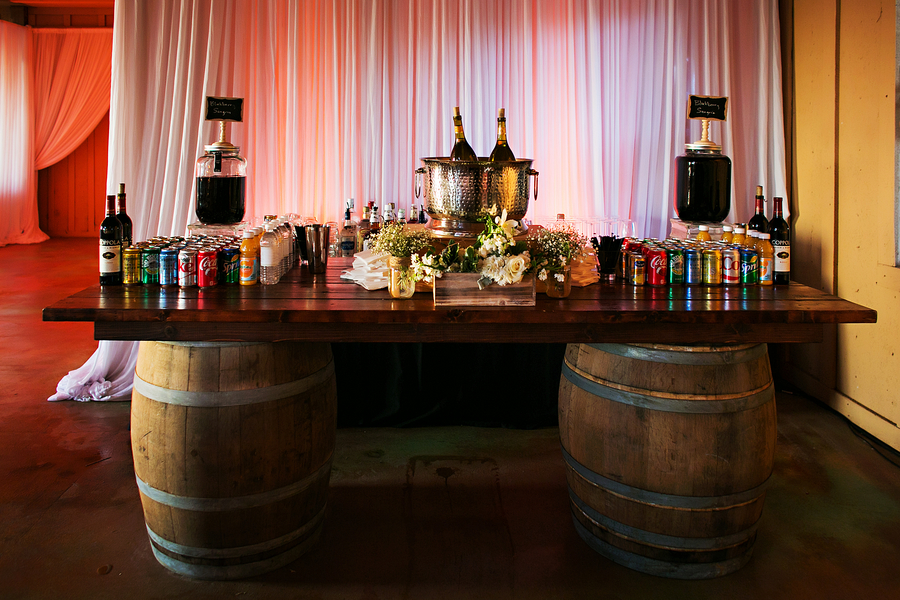 Country wedding reception ideas / Rustic Folk Weddings