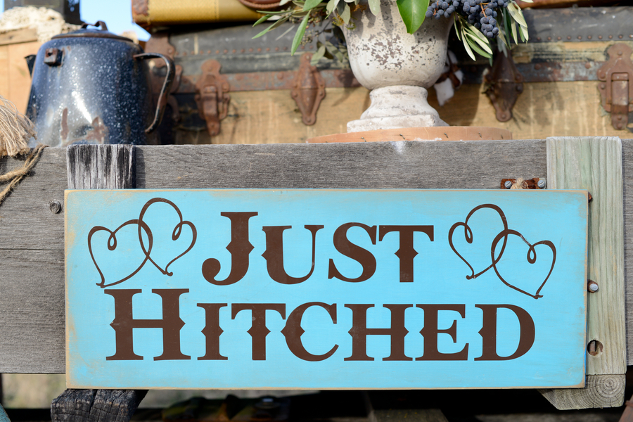 country wedding sign just hitched