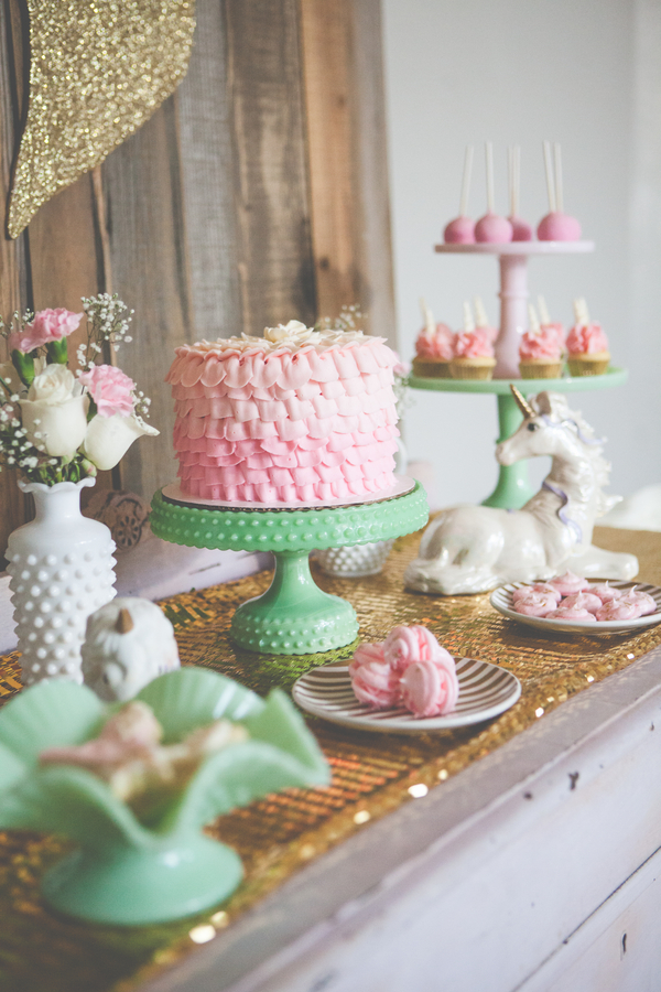 Baby shower table decorations outdoor - Magical Vintage Unicorn Party Rustic Folk Weddings