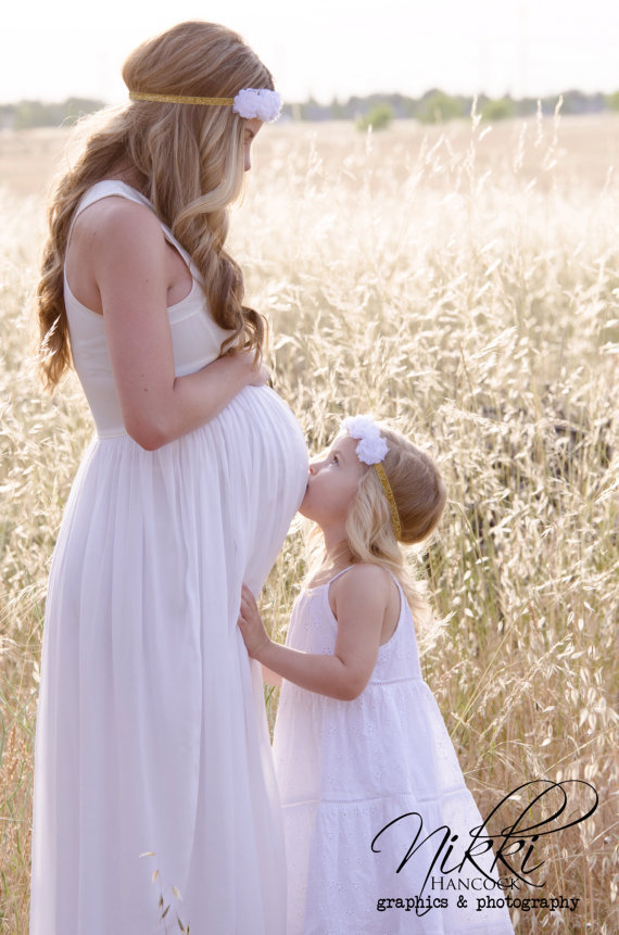 pregnant bride to be