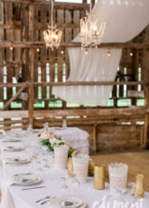 glamorous-barn-wedding-rustic-wedding-inspiration