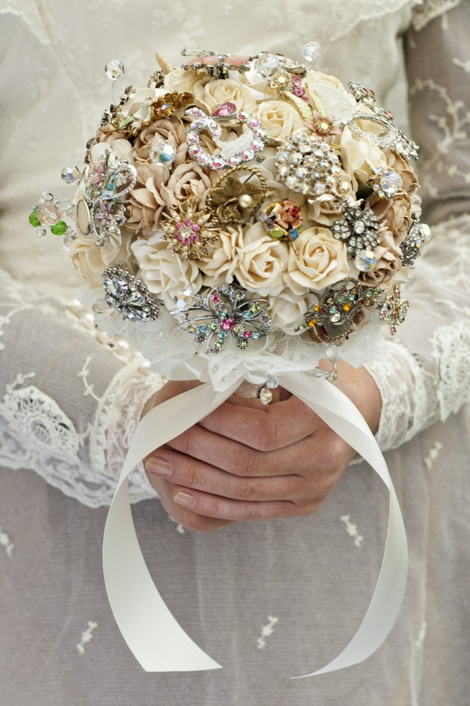 round wedding bouquet 6 wedding bouquet trends 7144